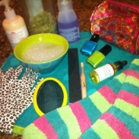 Sponsored Post: How To Give Yourself a Fabulous Mani & Pedi at Home