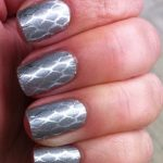 A Quick & Easy Way To Dress Up Your Nails
