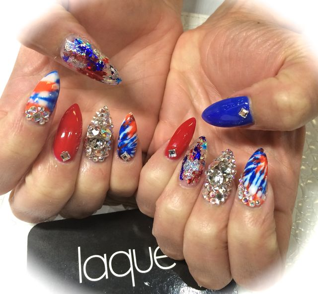 4th of July Nails Frame