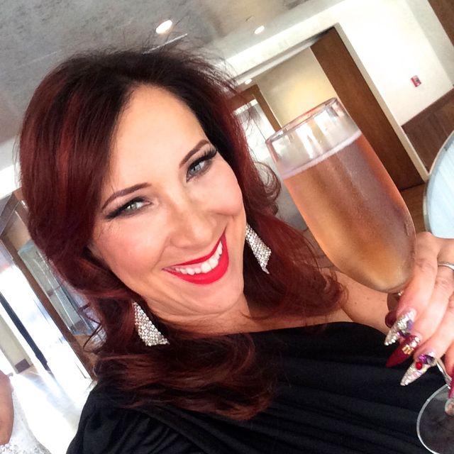 CG VMAs Cheers