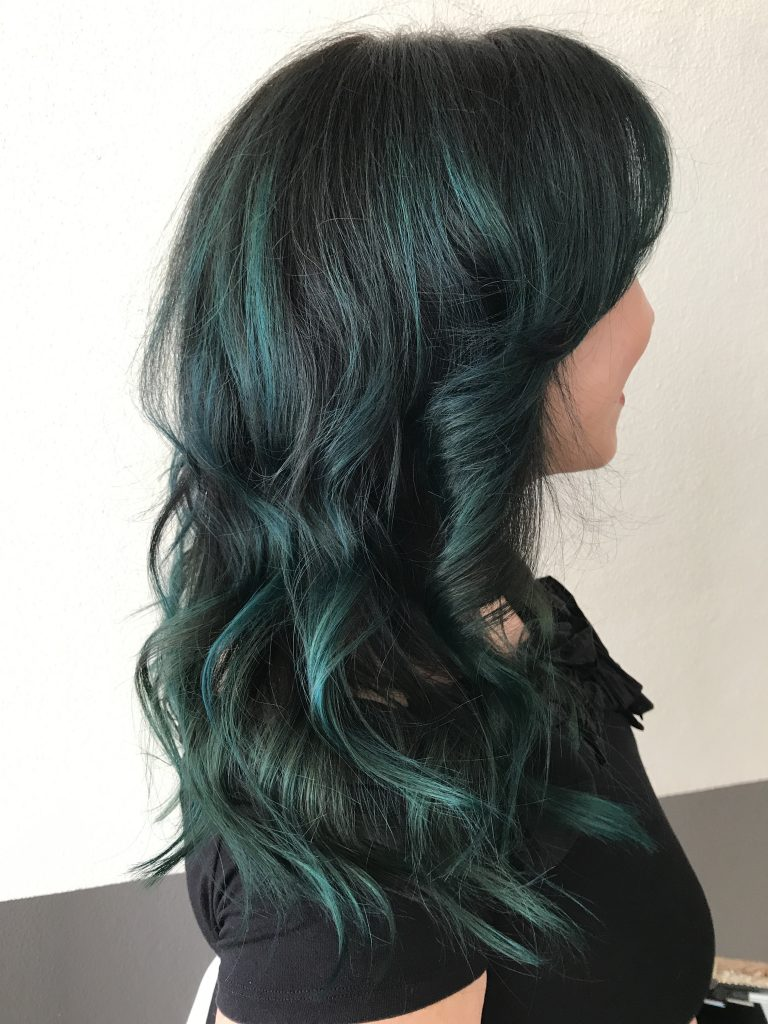 40 Plus Beauty, Mermaid Hair