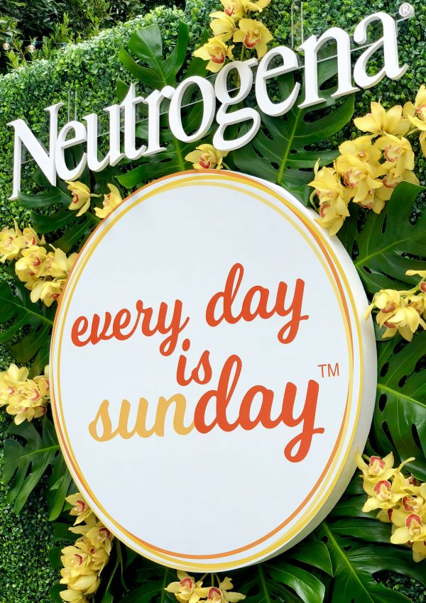 In celebration of the sunny days of summer, I've partnered with Neutrogena on their #EveryDayisaSUNday campaign which is designed to make SPF an everyday behavior
