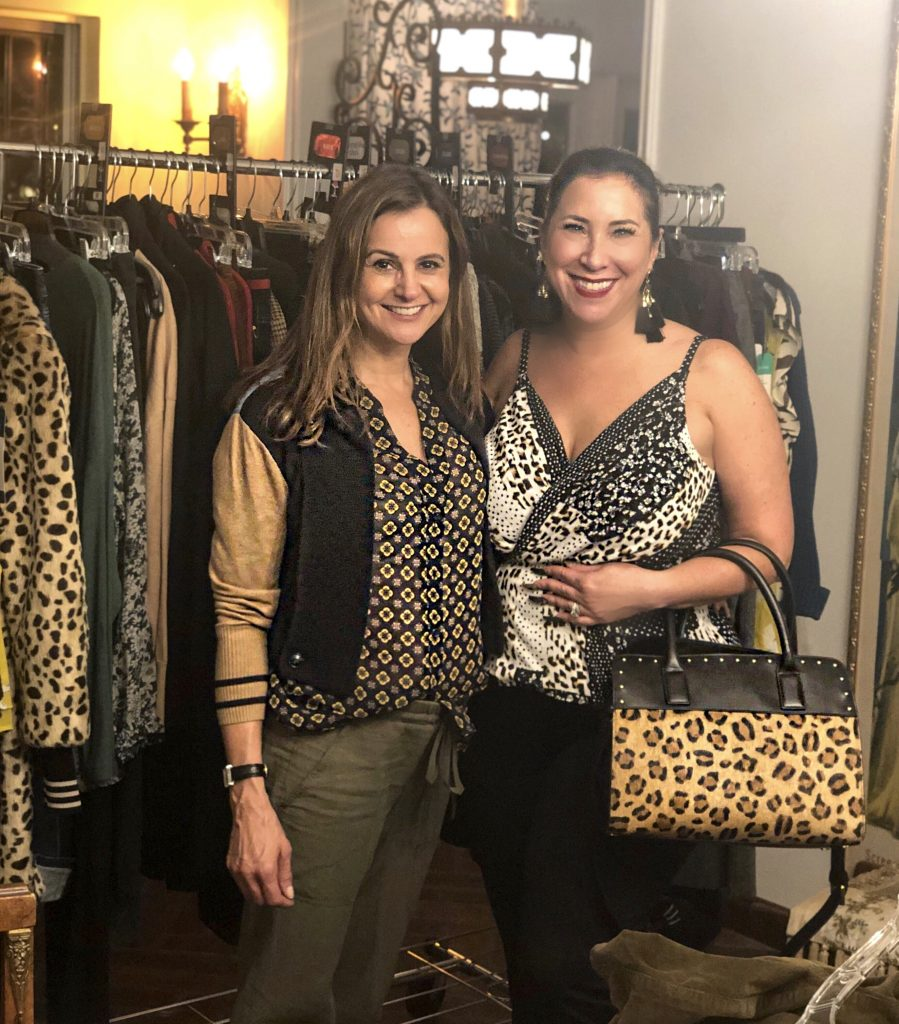 I recently attended a Cabi Fashion Experience and it was such a fun Girls Night Out filled with laughs, fashion, wine and personalized styling tips